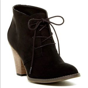 laced bootie heel by MIA